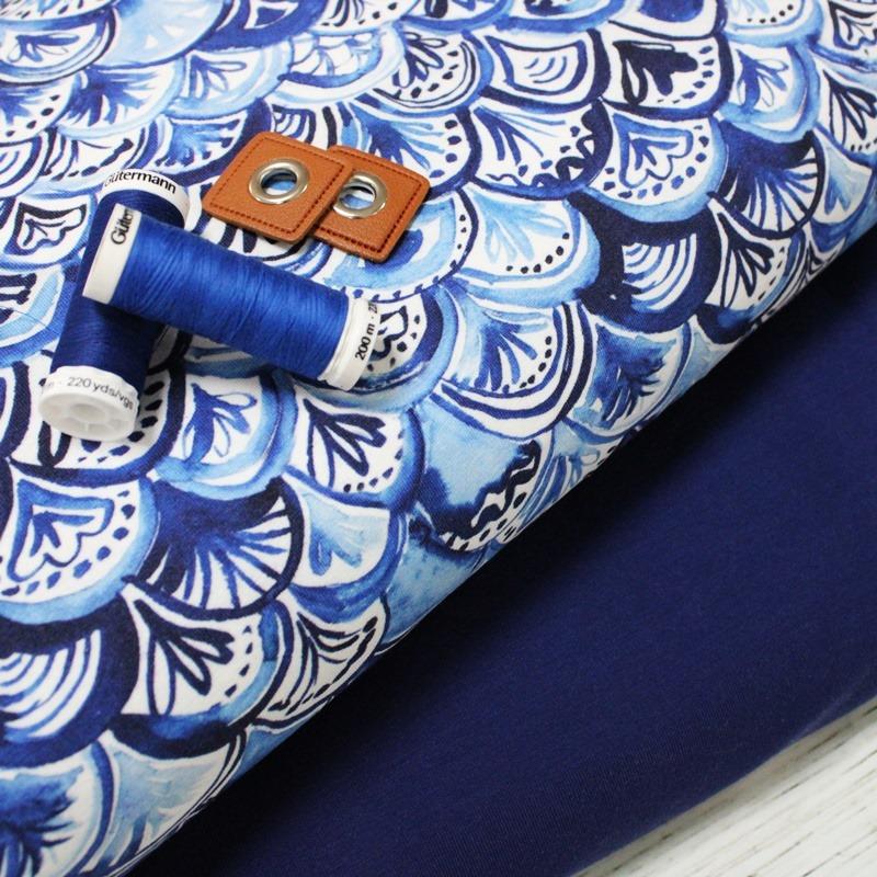 Abstraktes Muster in kräftigen Blautönen 💙