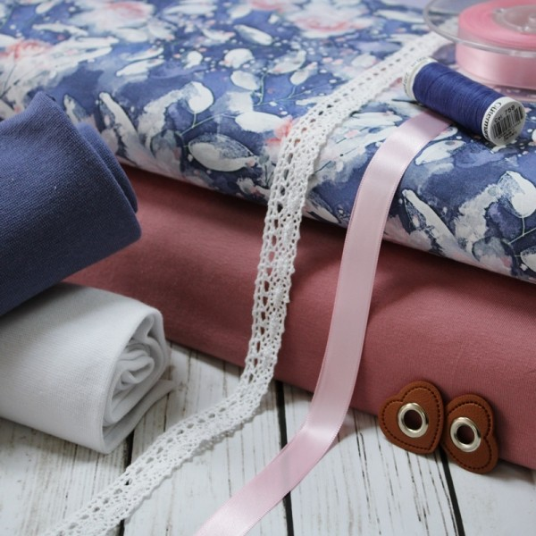 Pink Roses Stoffpaket - 6 Meter Tüddelkram und Stoffe