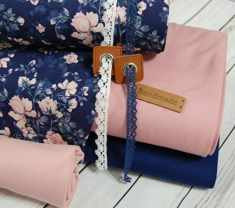 Lovely Roses Stoffpaket - 6 Meter Tüddelkram und Stoffe