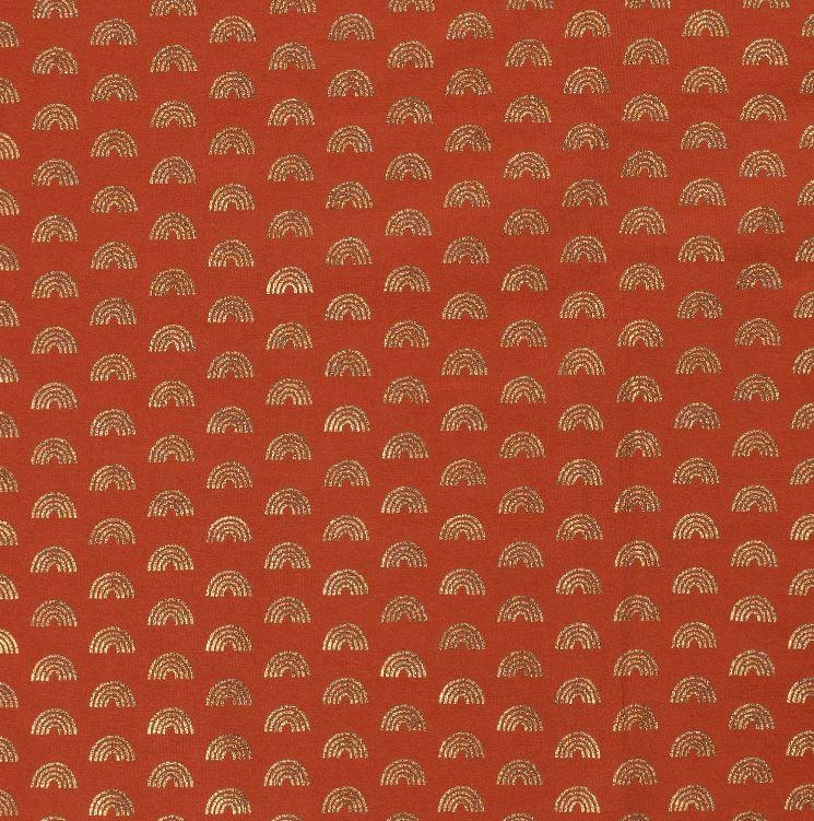 Baumwolljersey - Jersey Stoff - Regenbögen mit Foliendruck auf Steinrot